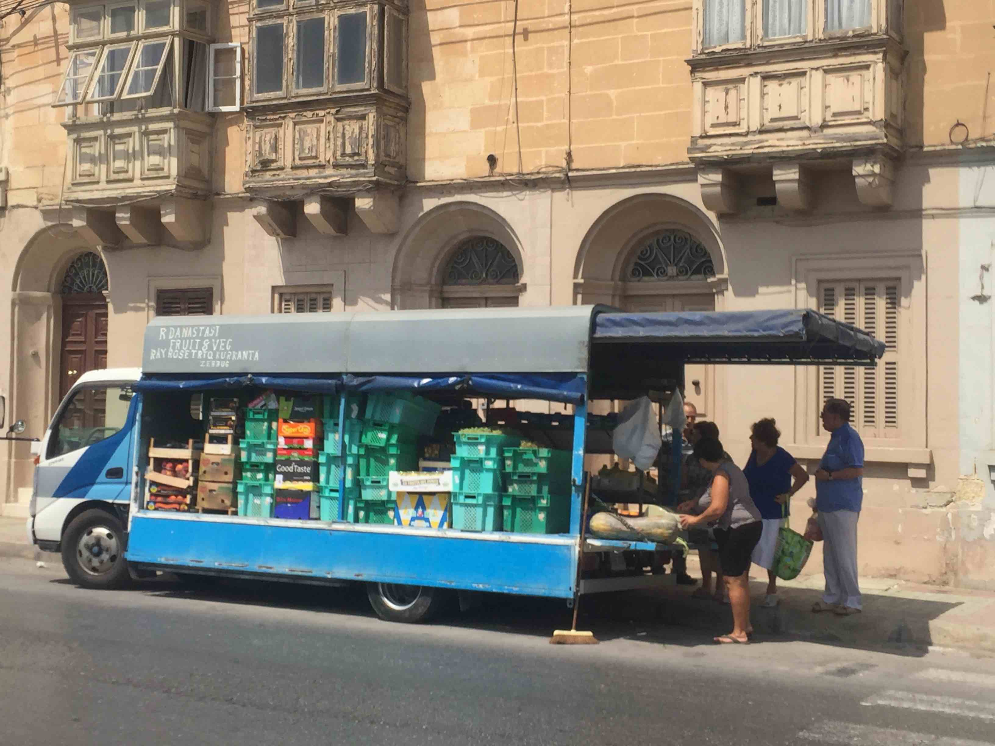 Valletta - greengrocers